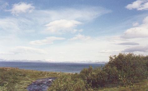 Sarek 1988. Der See, den der Wind kräuselt: Virihaure.